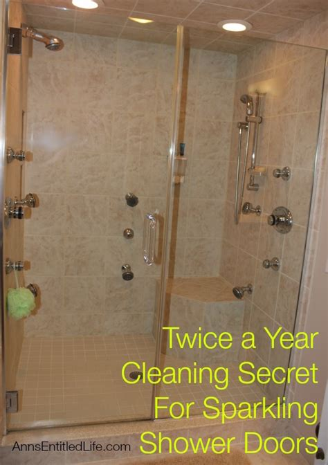 best way to clean bathroom glass shower doors best thing to clean glass shower doors how to clean