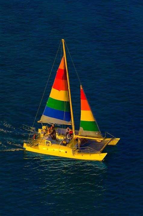 catamaran honolulu waikiki waikiki beach catamaran and hawaii usa on pinterest