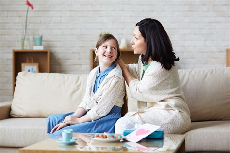 talking to my daughter 8 questions to get your kids talking about