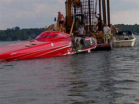 boat crash this weekend boat crash this weekend 1000 islands poker run