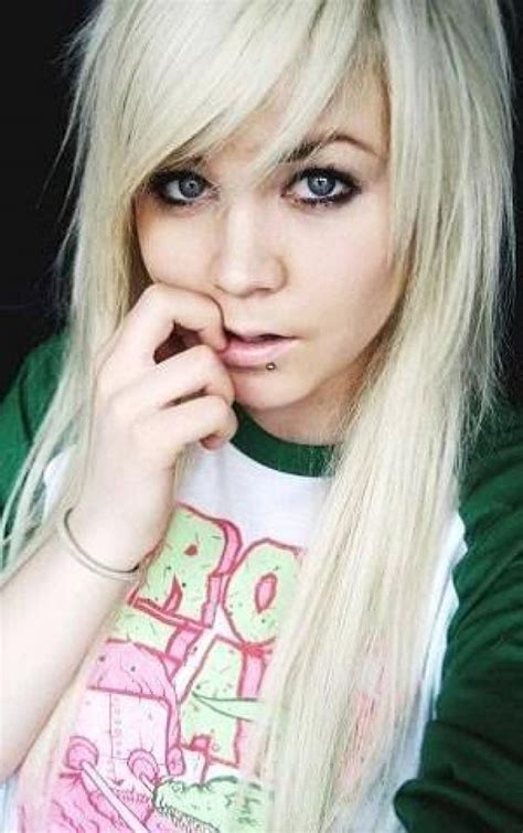 girl hairstyles blonde blonde emo hairstyles blonde emo hair cut scene