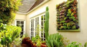 fotos de bultos en el jardin plantas recomendadas para tu jard 237 n vertical