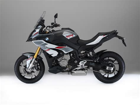 Bmw Motorrad S1000xr by Bmw Adds New Multi Color Paint For The S 1000 Xr
