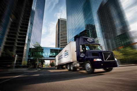 supply chain solutions fleet outsourcing canada cartage