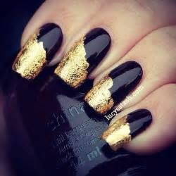 alfa img showing gt black and gold nails design