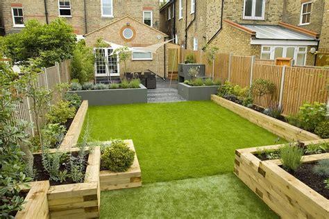 small rectangular backyard designs reihenhausgarten gestalten ideen und tipps f 252 r den