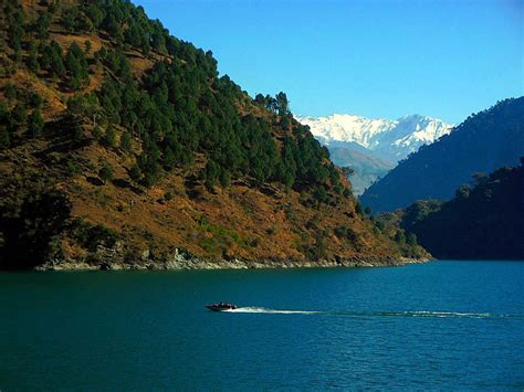 speed boat india speed boat on chamera lake india travel forum