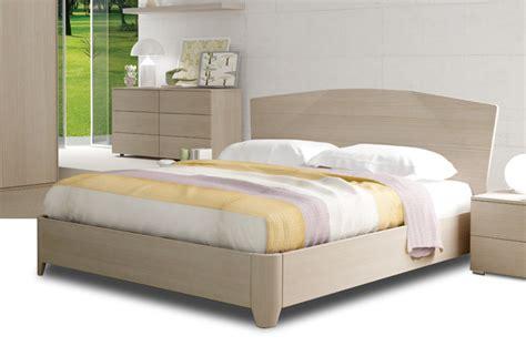 materassi per letto contenitore letto contenitore in legno consegna gratuita materassi