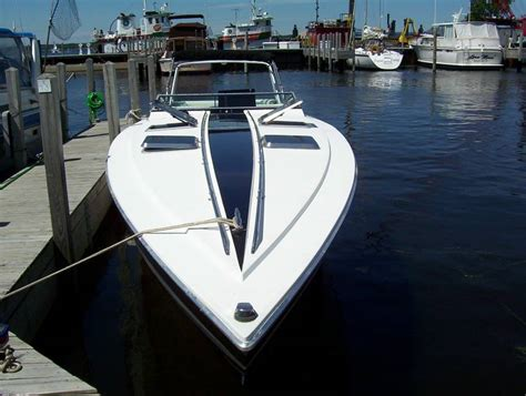excalibur offshore boats wellcraft excalibur good or bad offshoreonly