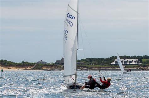 Chappaquiddick Yacht Club The Vineyard Gazette Martha S Vineyard News Sails Up For Edgartown Regatta