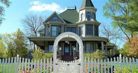 bed and breakfast for sale california the groundhog day bed and breakfast is for sale moviefone blog canada