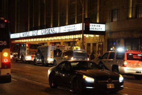 maple leaf gardens evacuated amid reports of fumes loblaws at maple leaf gardens reopened after hazmat crews