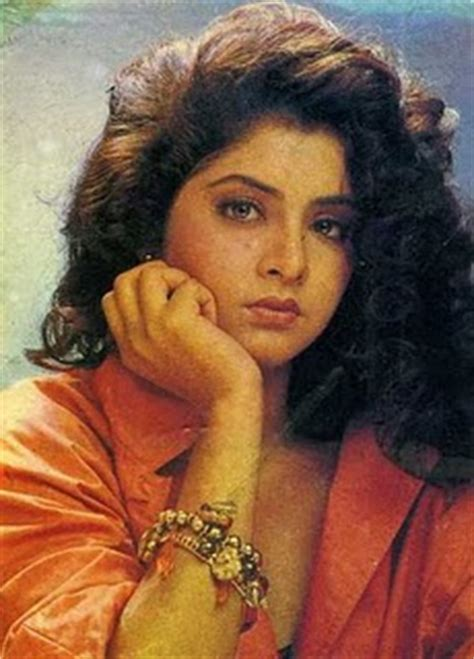 biography of divya bharti hot bollywood actress hub bharathi hot sexy photos