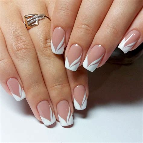 Best Manicure by Best 25 Manicures Ideas On Tip