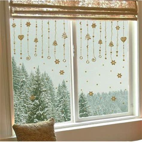 addobbi natalizi per porte e finestre i mille usi delle decorazioni natalizie fotoregali