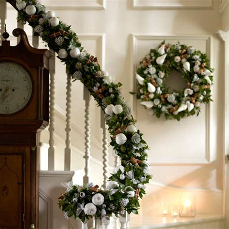 stair railing christmas ideas stairs decoration ideas 10
