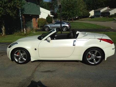 nissan convertible white make nissan model 350z year 2008 body style