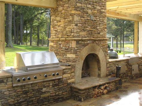 Ideas Outdoor Fireplace Plans With Kitchen Outdoor Outdoor Kitchen And Fireplace