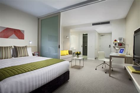 accommodation melbourne apartments 3 bedroom melbourne accommodation 3 bedroom apartments