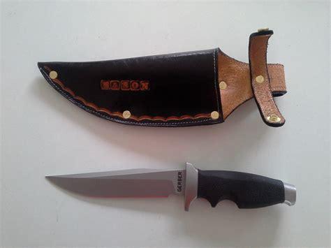 Handmade Knife Sheath - custom made leather knife sheath