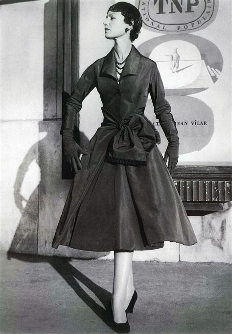 a look at 1950 s 10 best fashion photographs of all time stylecracker
