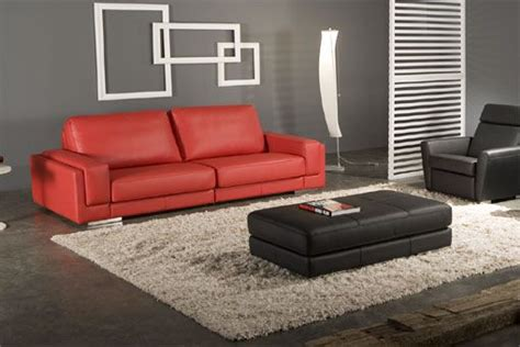 red sofa what colour walls red couch wall color and rug red couch pinterest red