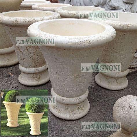 vasi in cemento cemento fratelli vagnoni store per arredare con stile