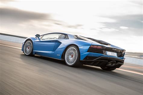 lamborghini aventador 2018 2018 lamborghini aventador s picture 703557 car review