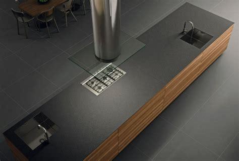 davaus cuisine moderne plan de travail noir avec