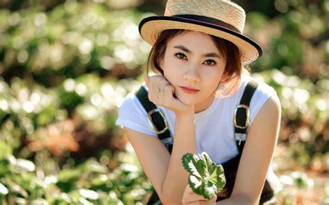 wallpaper girl with hat girl with a hat wallpaper girls wallpaper better
