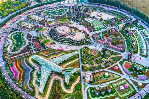 reasons  visit dubai miracle garden reopening