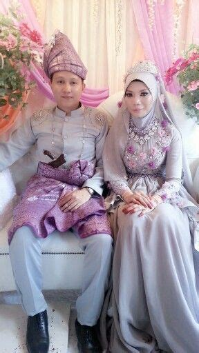 Baju Akad Nikah Warna Purple 36 best baju pengantin images on akad nikah kebaya and kebayas