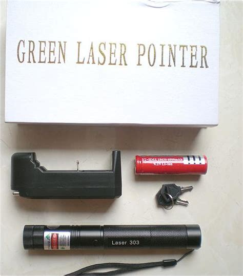Pengintai Motif Kaca Mata green laser pointer 303 high quality batre 18650 jual stungun kamera pengintai stun gun