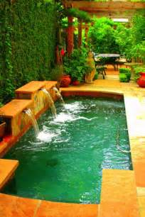 Small Backyard Swimming Pools 25 Fabulous Small Backyard Designs With Swimming Pool