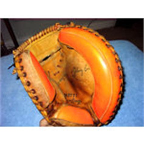 johnny bench catchers mitt rawlings baseball catchers mitt mj77t johnny bench 06 18