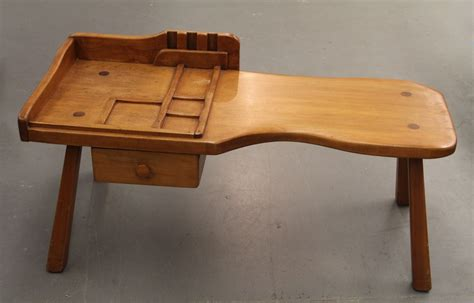 cobbler bench found in ithaca 187 genuine cushman colonial creations cobbler s bench coffee table