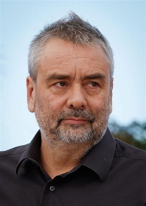 luc besson french filmmaker luc besson predicts the future news