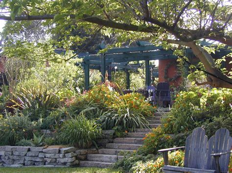 pacific horticulture society creating a southern
