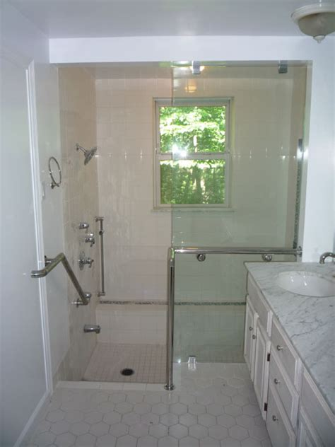 Shower Doors Columbia Sc Ada Shower Doors A Glass Act Shower Doors Frameless Shower Doors In South Fleurco Introduces