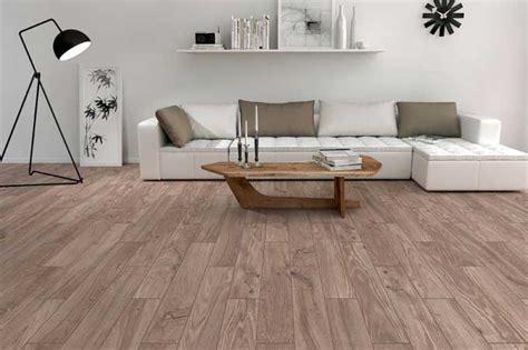 pavimenti piastrelle finto legno costo posa pavimento piastrelle ristruttura interni