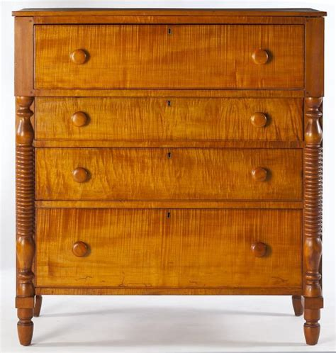 lot 494 southern empire tiger maple chest of drawers