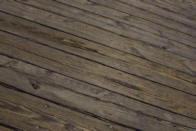 How to Resurface Cracked & Splintered Wood Decks   Home