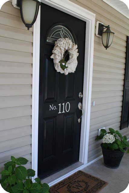 8 Inviting Colors For Your Front Door Real Estate Blog Front Door Real Estate