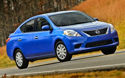 nissan sedan 2014 2014 nissan versa sedan front side view photo 10