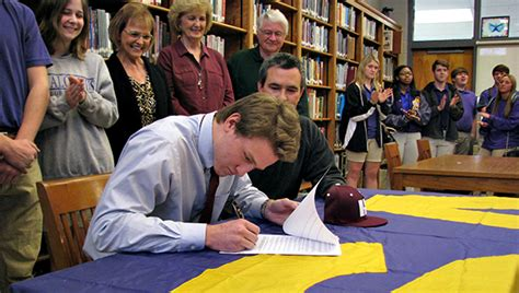Junior College Letter Of Intent Baseball St Al Baseball Player Signs With Hinds The Vicksburg Post