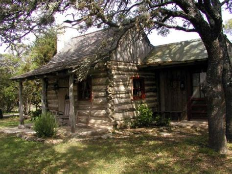 Cabins In Fredericksburg Tx by High Meadow Cabin Lodging In Fredericksburg Tx