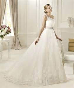 wedding skirt wedding dress with wide tulle skirt sang maestro