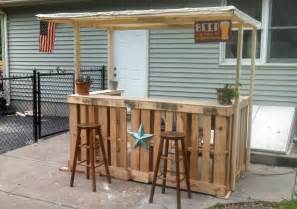 backyard bar plans i made a backyard bar out of pallets projet jardin