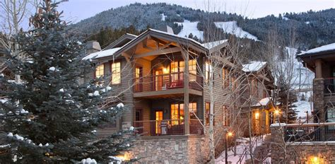 airbnb jackson hole 10 airbnb ski rentals to book now purewow