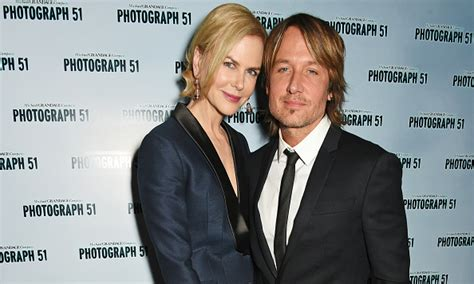 keith urban and nicole kidman never text always talk nicole kidman on keith urban we never text or email each